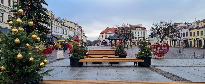 """Konkurs dla dzieci na architektoniczną ozdobę świąteczną – """"Dziecięce Archi – Christmas 2020""""."""